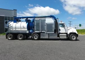 Industrial hydro excavator truck Zeus model