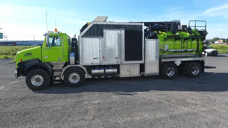 hydro excavator truck