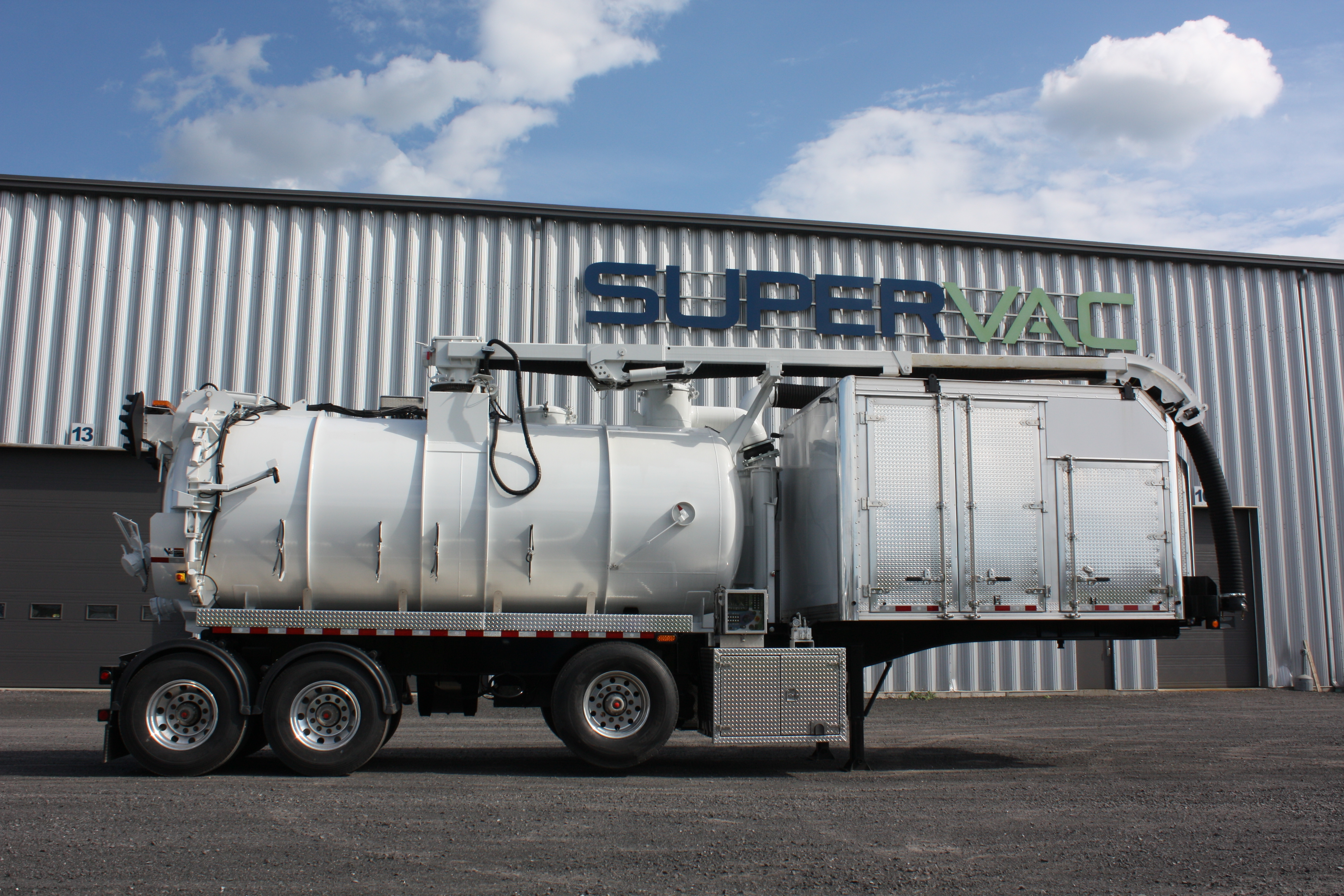 Vacuum Tankers for Sale & New Septic Tank Trucks for Sale